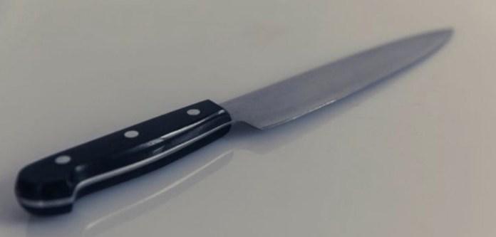 Bıçaklarını Bileysiz Keskinleştirmenin Basit Yöntemi