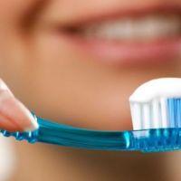 7 أخطاء تقع فيها عند غسل الأسنان