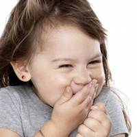 فوائد الضحك على صحتك