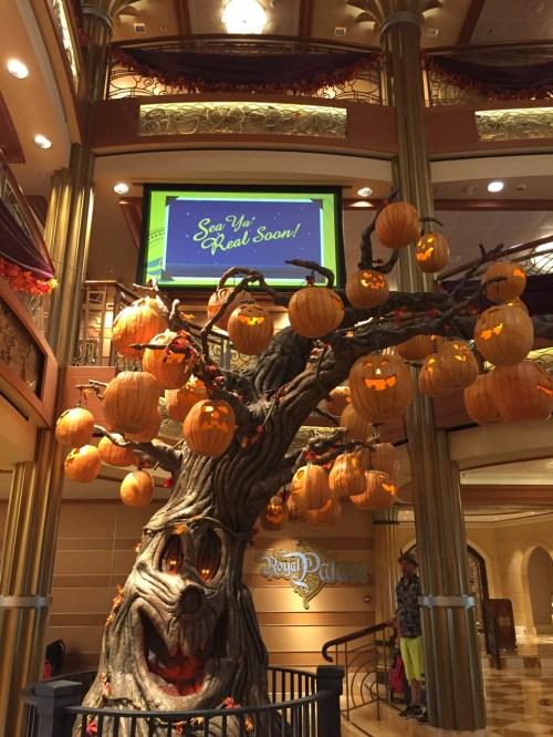 Disney Dream Halloween on the High Seas Pumpkin Tree