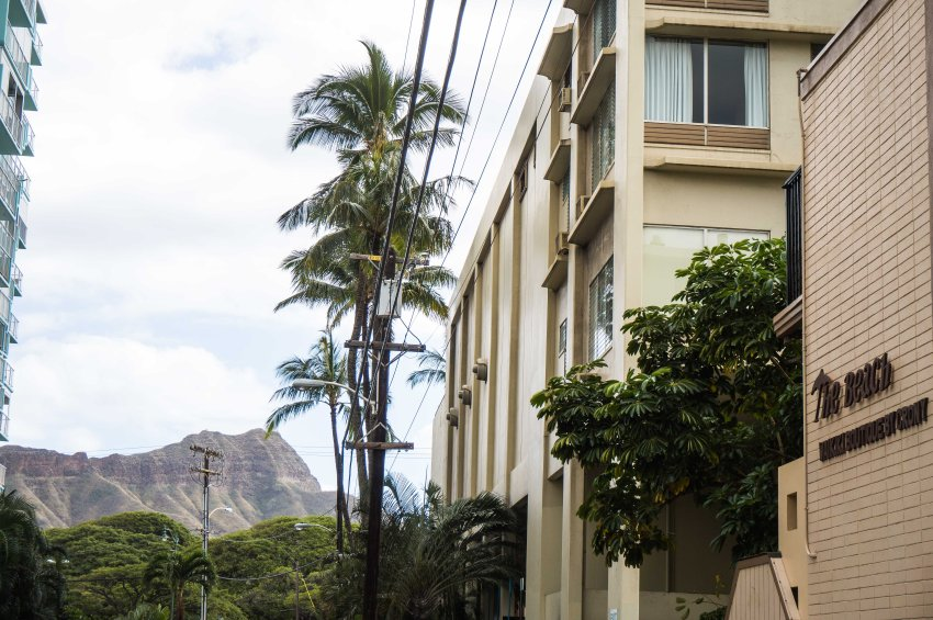 Solo Travel in Oahu: Stay at The Beach Boutique Hostel