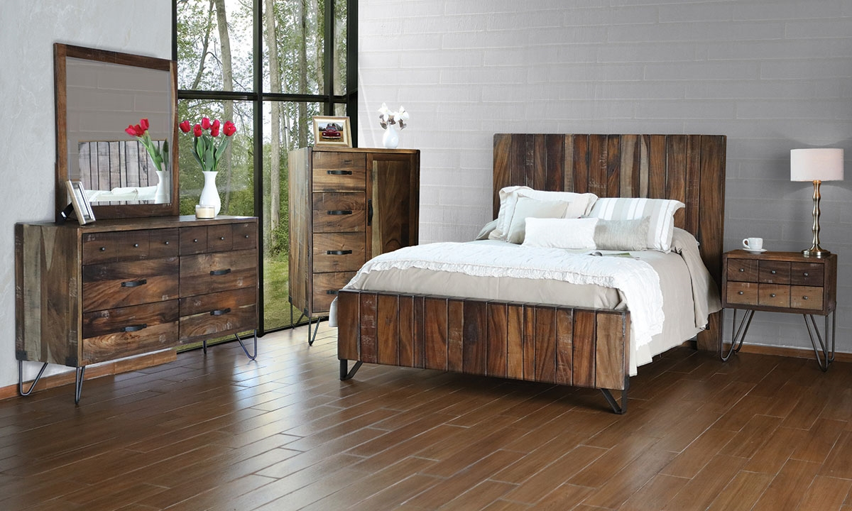 Haynes Furniture Palmer Parota Queen Platform Bed
