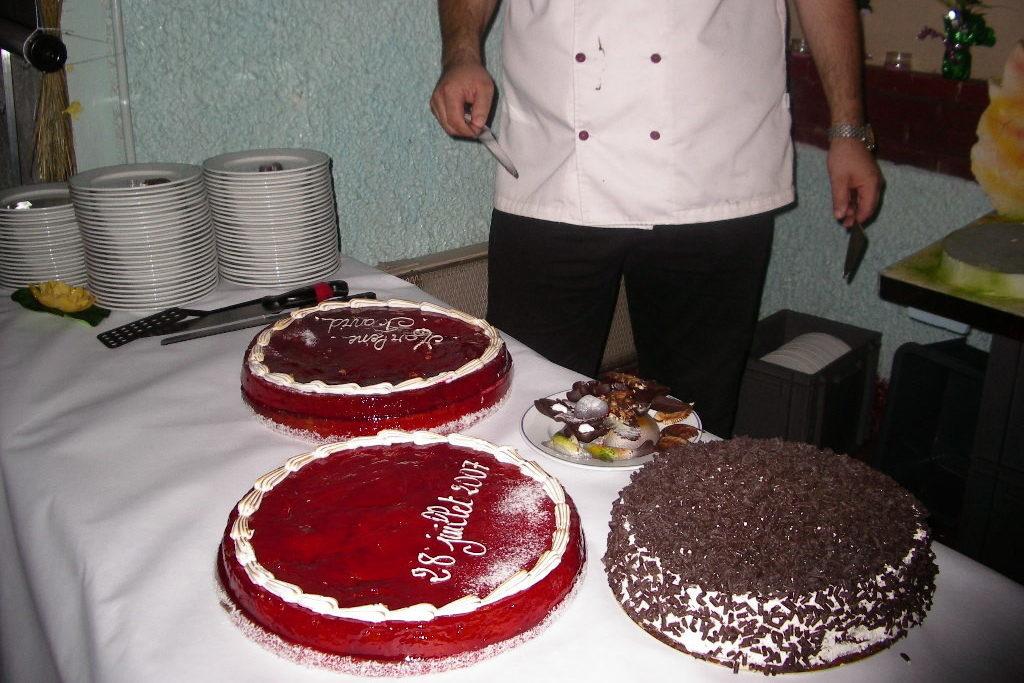 gâteaux aux fruits ou au chocolat