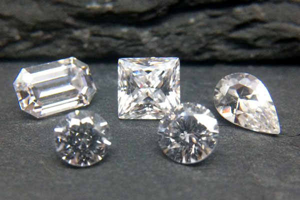 How To Tell If A Diamond Is Real Haywoods Jewellery