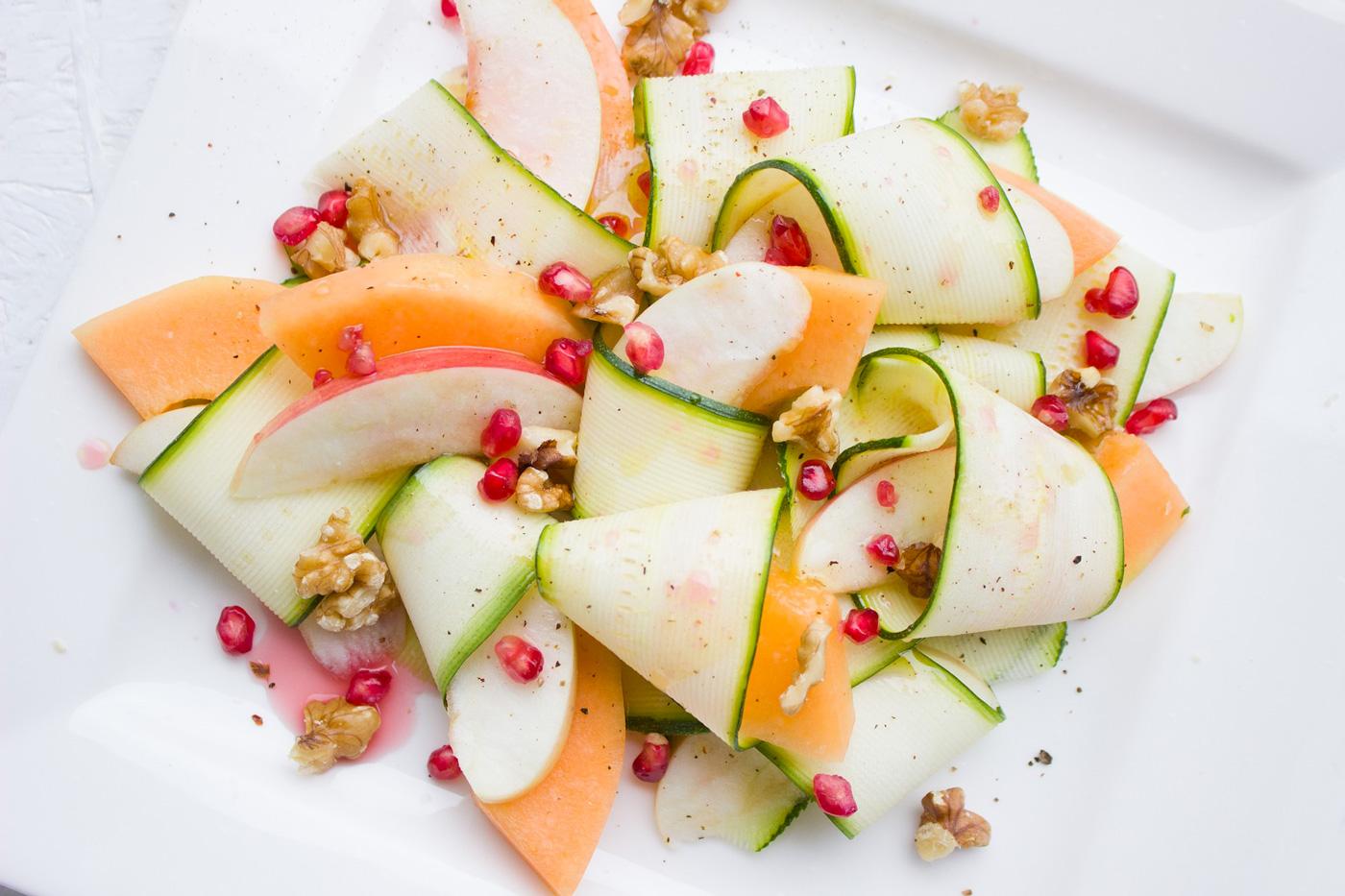 insalata al melone - zucchine e melograno