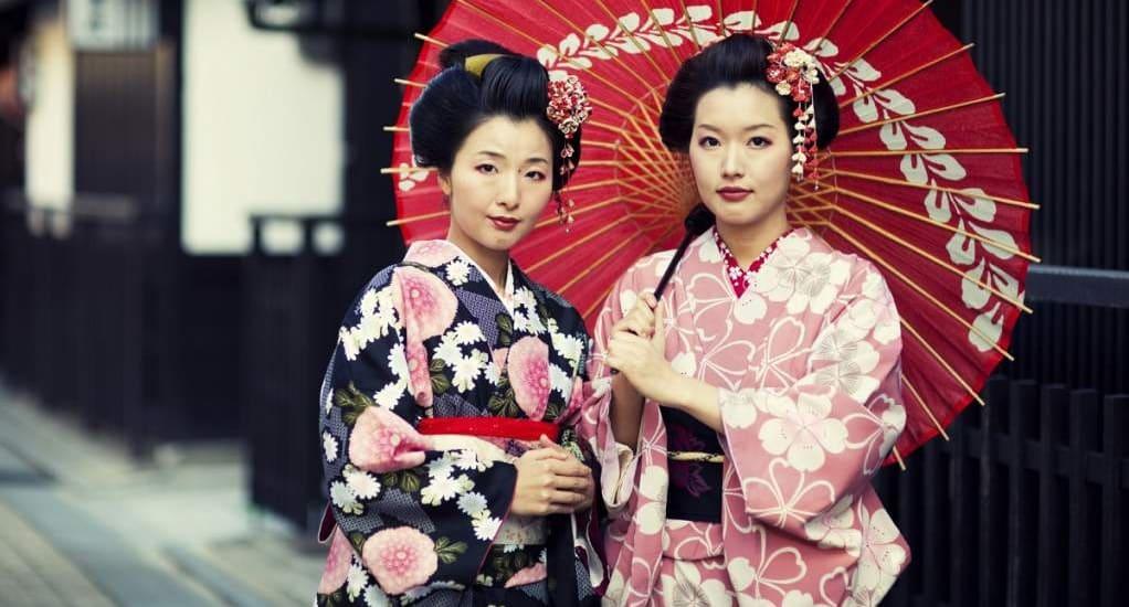 Cómo convertirse en una geisha auténtica