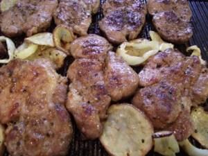Grillezett ételek sütés közben