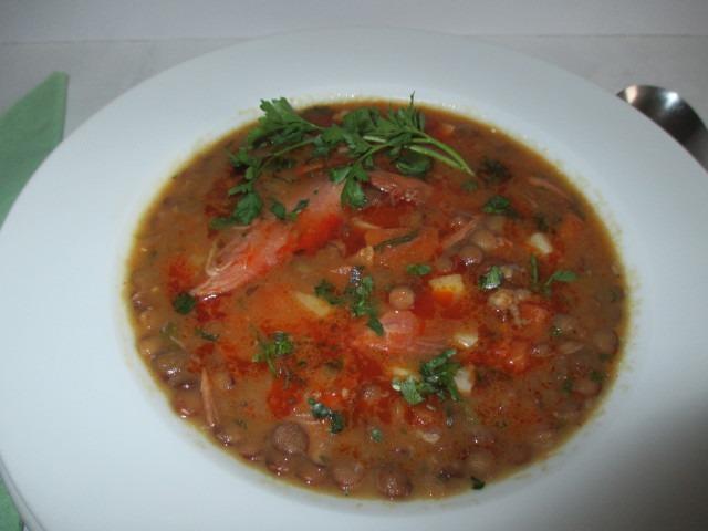Lencse leves tálalva