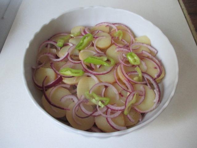 Krumplisaláta 1
