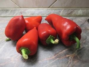 Piros paprikák