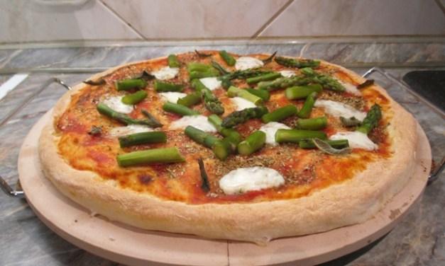 Spárgás pizza