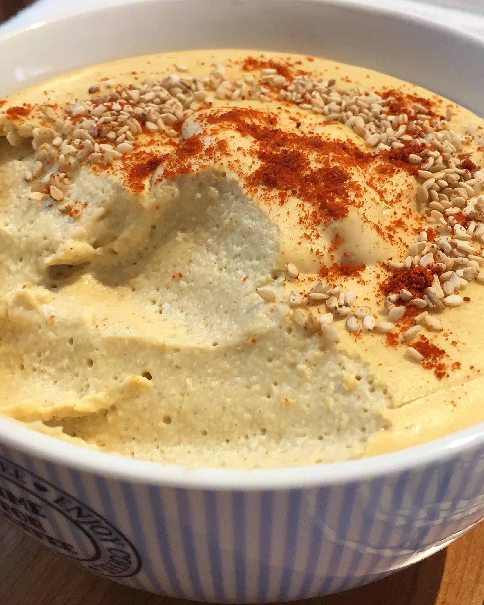 Hummus con harina de garbanzo  Platos Entrantes