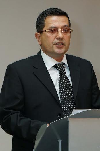Slikovni rezultat za Dinko Bartulović