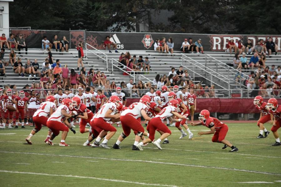 Football+season+kicked++off+with+the+Red-White+Scrimmage+on+Aug.+18.+