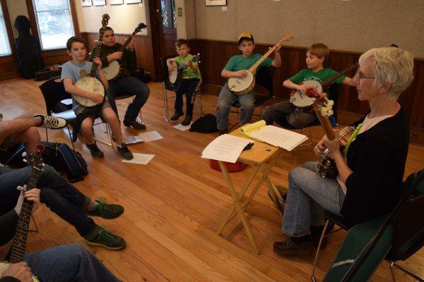 DJ Sheets spring banjo class