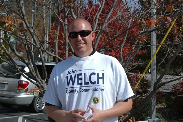 Incumbent John Welch is running against Elizabeth Shukis for District 2 Watauga County Board of Commissioners.