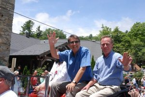 A weekend after riding with Gov. Pat McCrory in the Blowing Rock parade, Charlie Sellers, owner of The Blowing Rock attraction, filed to run against J.B. Lawrence for mayor of Blowing Rock.