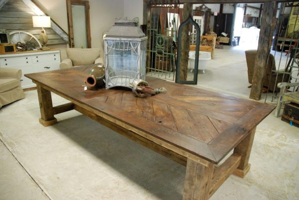 An example of custom furniture built with reclaimed barn wood materials.