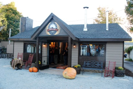 The Blowing Rock Ale House and Inn is located on Sunset Drive.