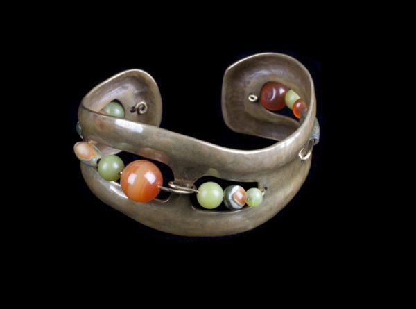 Lisa Kent - Bracelets with silver and gemstones