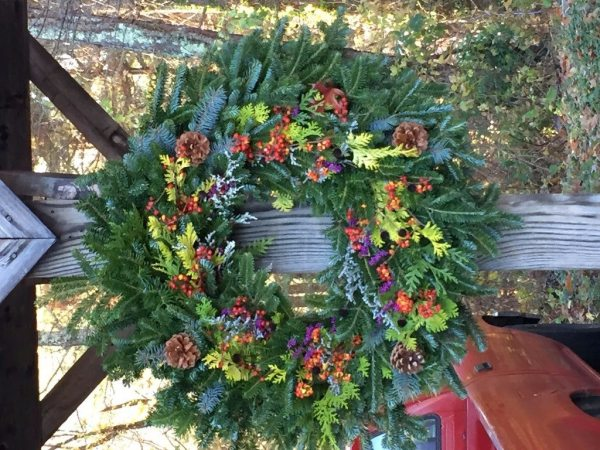 Holiday Wreaths from Baskets and Bricks