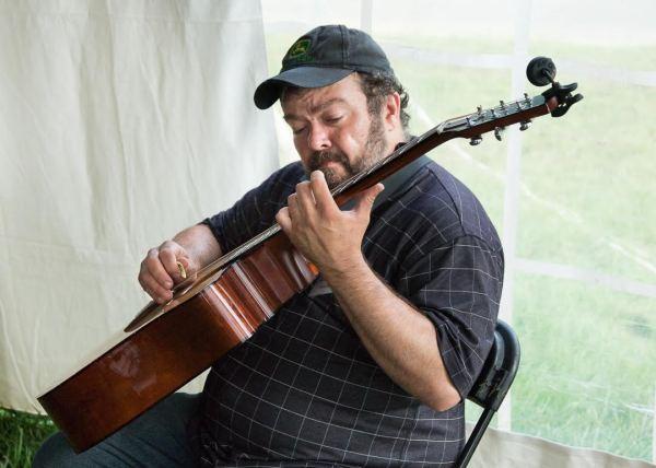 Richard Watson at the MusicFest 'n Sugar Grove - Photo by Lonnie Webster