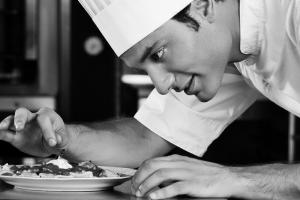 Offre d'emploi HCR Recrutement : Chef cuisinier