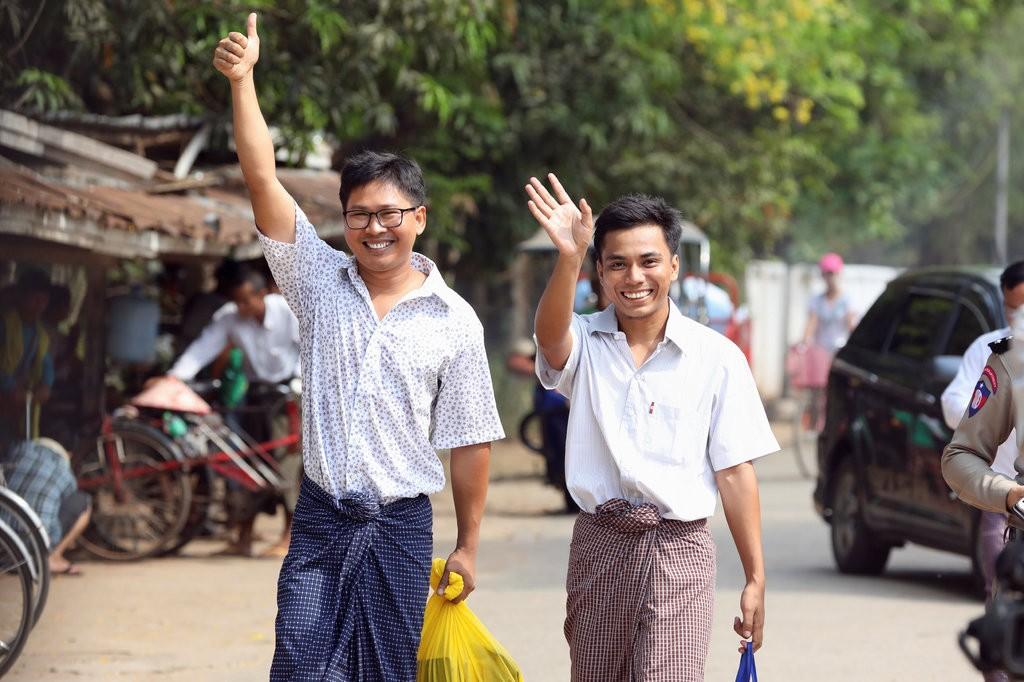 Myanmar: Suxufiyiin Wakaalada Wararka Ee Reuters U Shaqaynayey Oo Xabsi Laga Sii Daayey