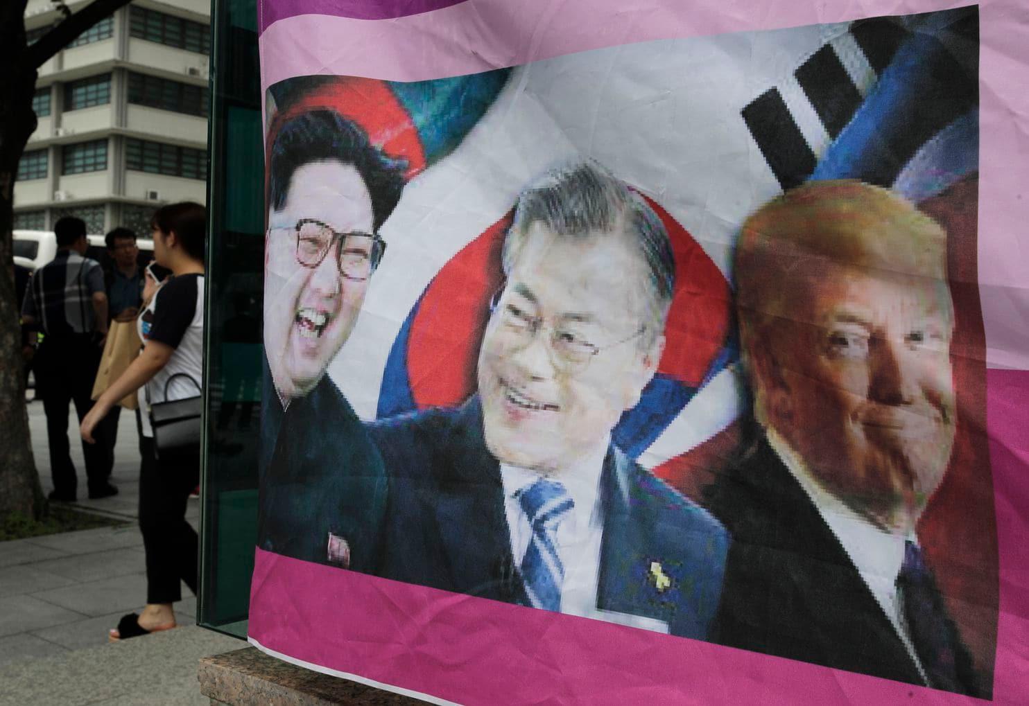 Madaxweyne Trump Oo Xadka Milatariga Ka Caagan Kula Kulmaya Kim Jong-Un