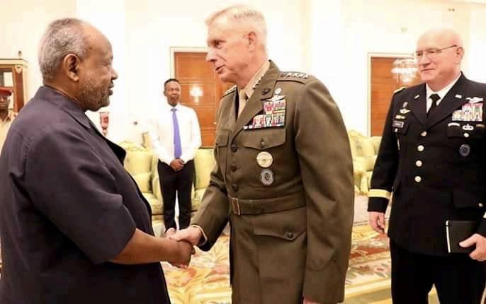 Taliyaha Qaybta Afrika Ee Ciidanka Maraykanka Oo La Kulmay Madaxweynaha Djibouti