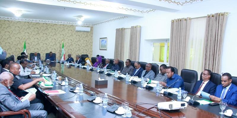 Shirkii Golaha Wasiirrada Somaliland Oo Lagu Ansixiyey Siyaasada Qaran Ee Shaqo Carbinta