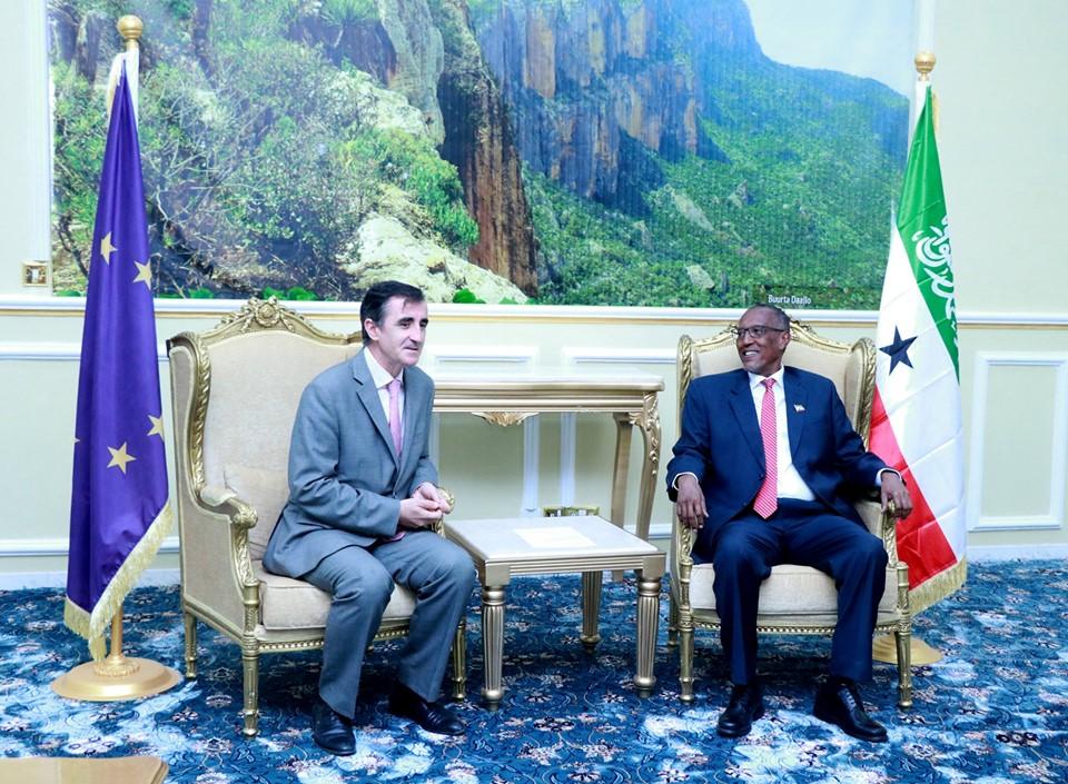 Madaxweynaha Somaliland Oo Qaabilay Safiirka Midawga Yurub U Qaabilsan Somaliland/Somalia