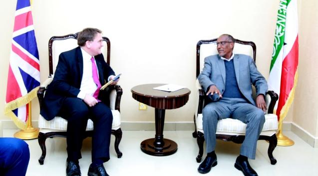 Akhri: Madaxweynaha Somaliland Oo Kulan La Yeeshay Safiirka UK Ee Soomaaliya