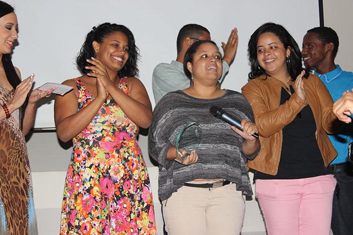 Las estudiantes Vismelis López, Alina Flores y Laura Nanita integran el equipo del cortometraje El Peso de Duarte.