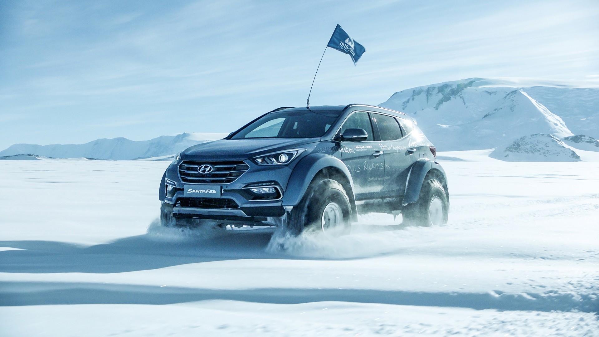 Lower trims get cloth seats with heated seats from the sel trim. 2017 Arctic Trucks Hyundai Santa Fe Wallpaper | HD Car