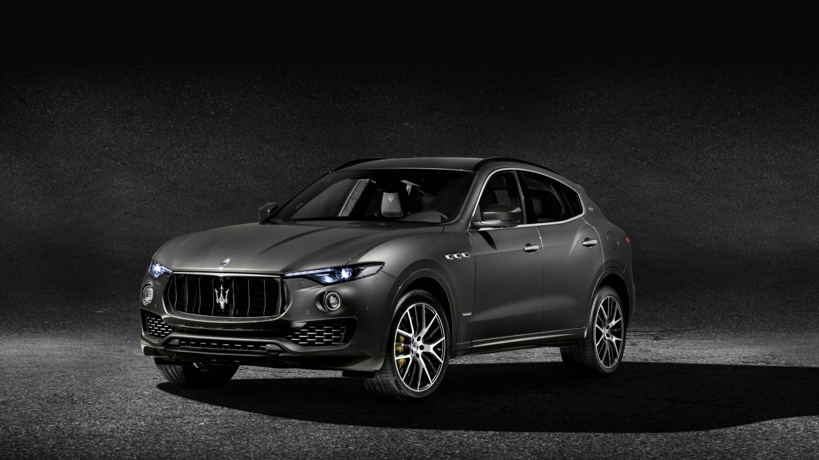Maserati Car Hd Wallpaper Download 2018 Maserati Levante S Q4 Gransport Wallpaper Hd Car