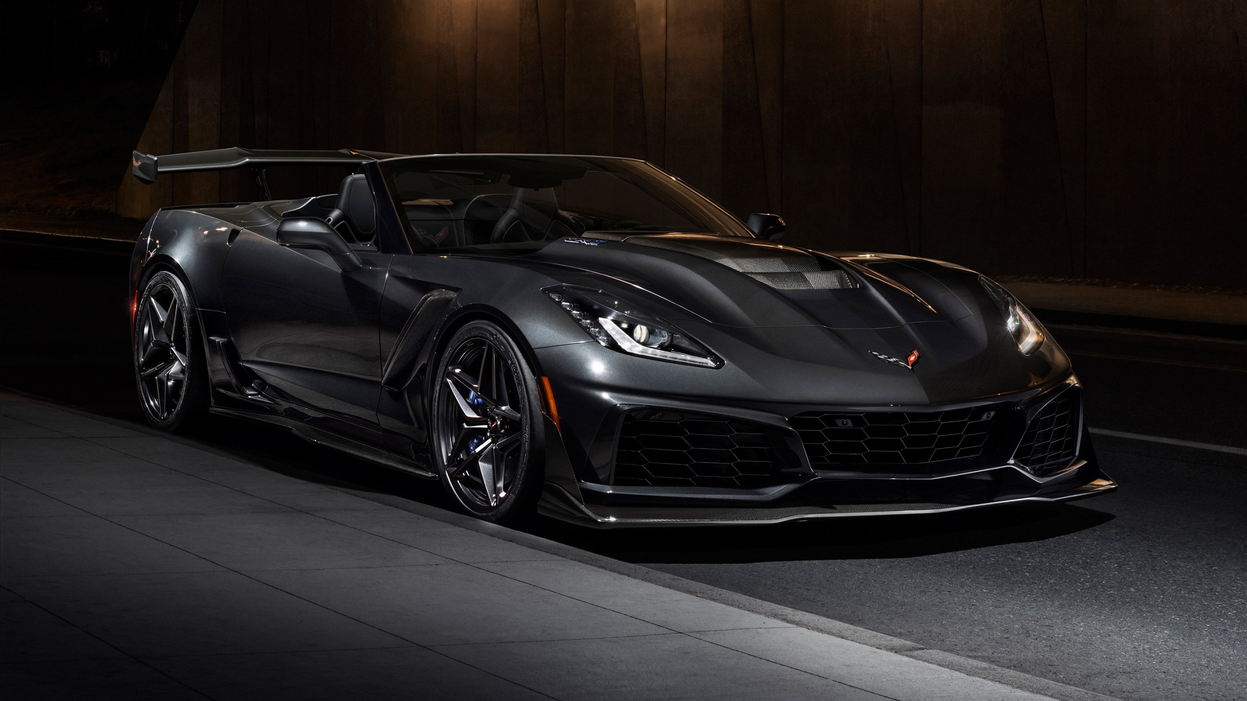Iphone X Wallpaper Jeep 2019 Chevrolet Corvette Zr1 Convertible Wallpaper Hd Car