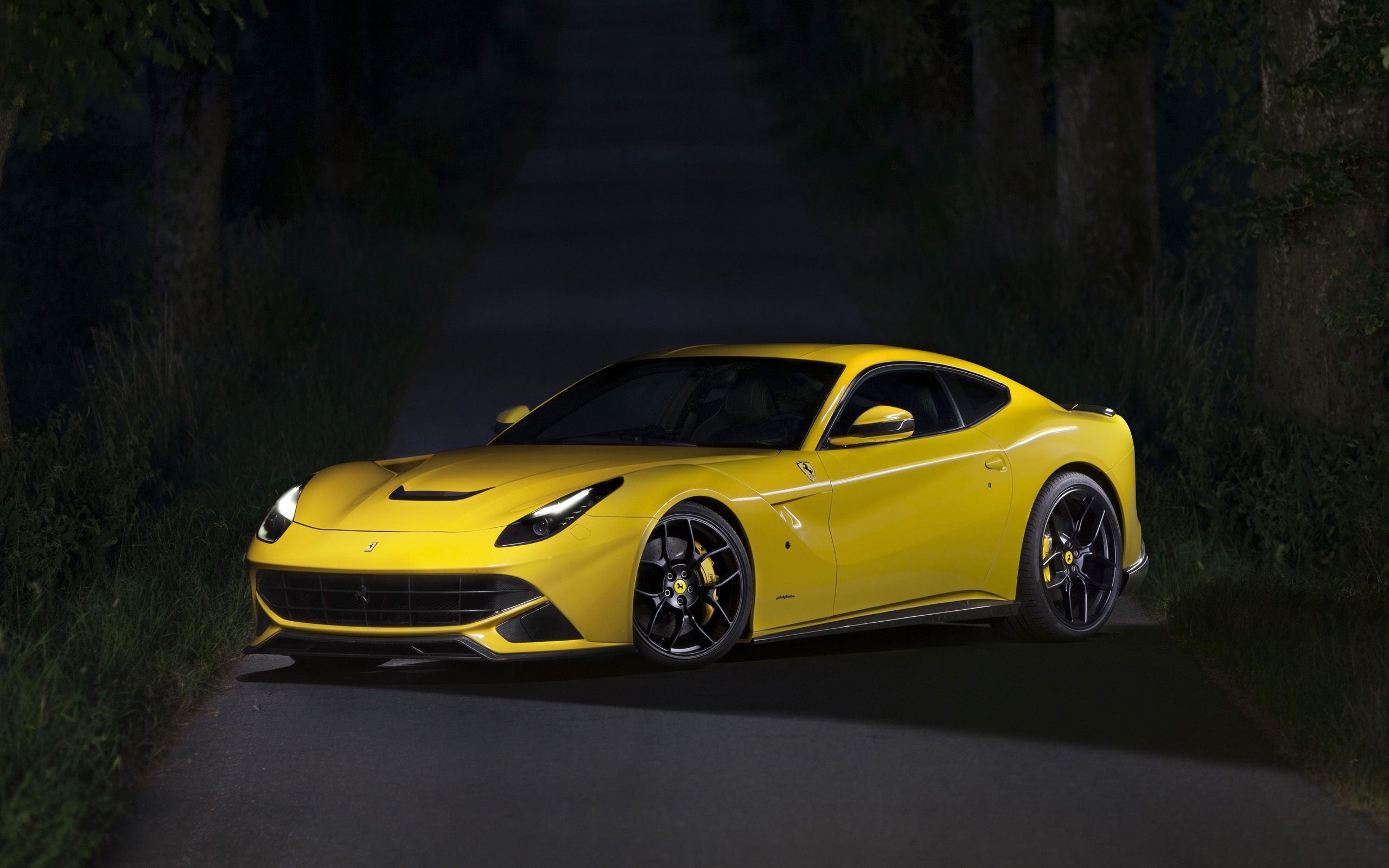 4k Black Car Wallpaper Novitec Rosso Ferrari F12berlinetta Wallpaper Hd Car
