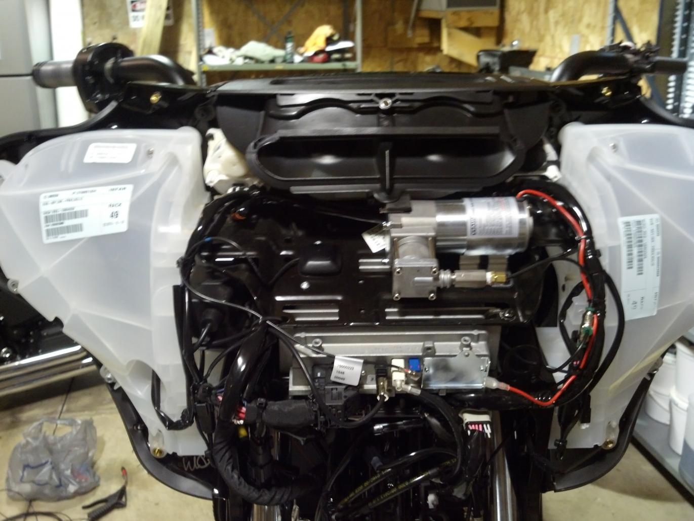 hight resolution of air ride install 2014 sgs compressor jpg