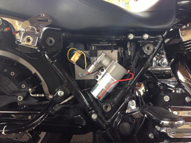 2014 SG standard air ride installed  Harley Davidson Forums