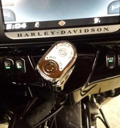 right hand dash accessory switch flhtk 20150810 170431 jpg [ 4128 x 2322 Pixel ]