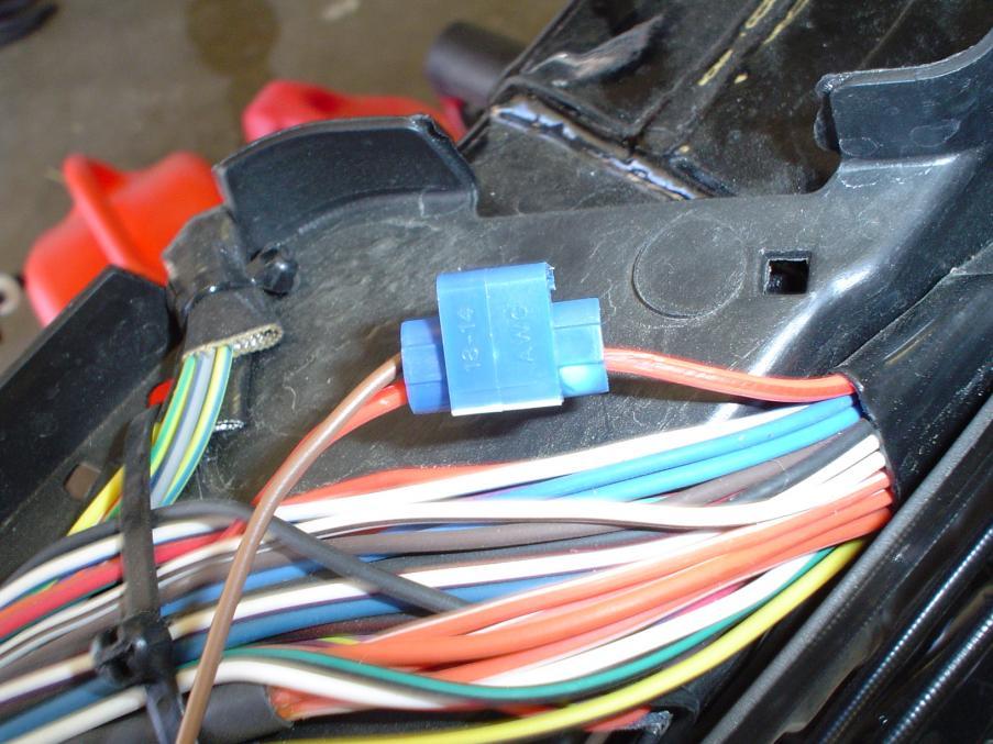 Speaker Connector Wiring