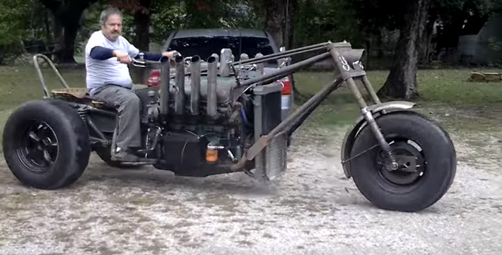 Trikeasaurus Powered by 2-Stroke Detroit Diesel V8 - Harley Davidson