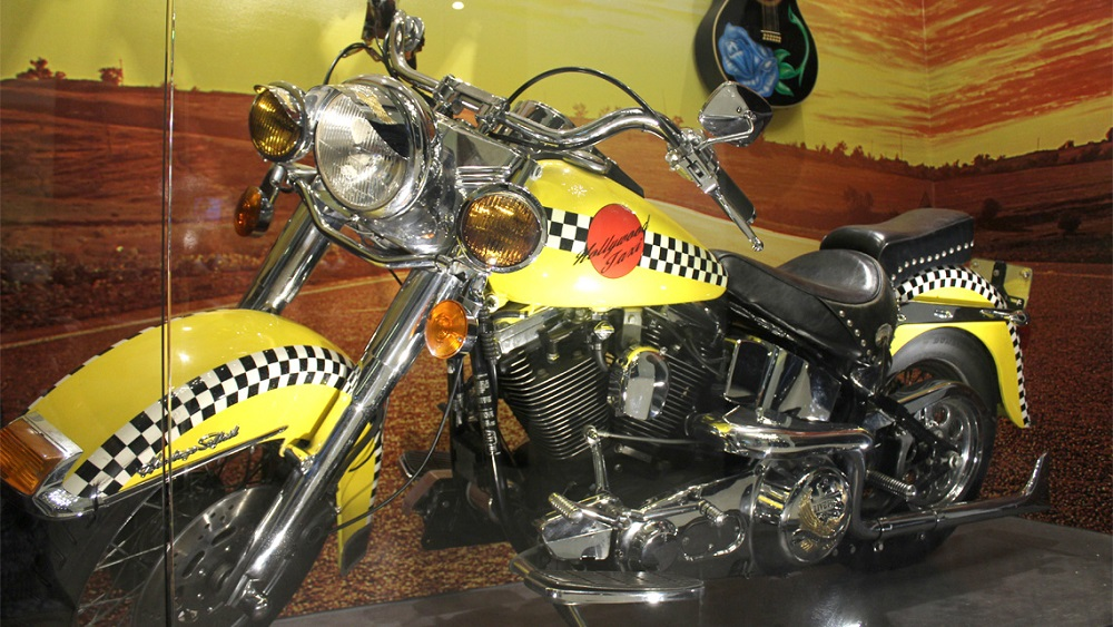 timeless design 3df5e e7d43 Poison's 'Hollywood' Harley: Where Is It Now? - Harley ...