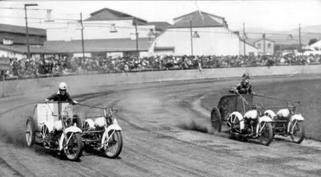1920s Chariot Racing