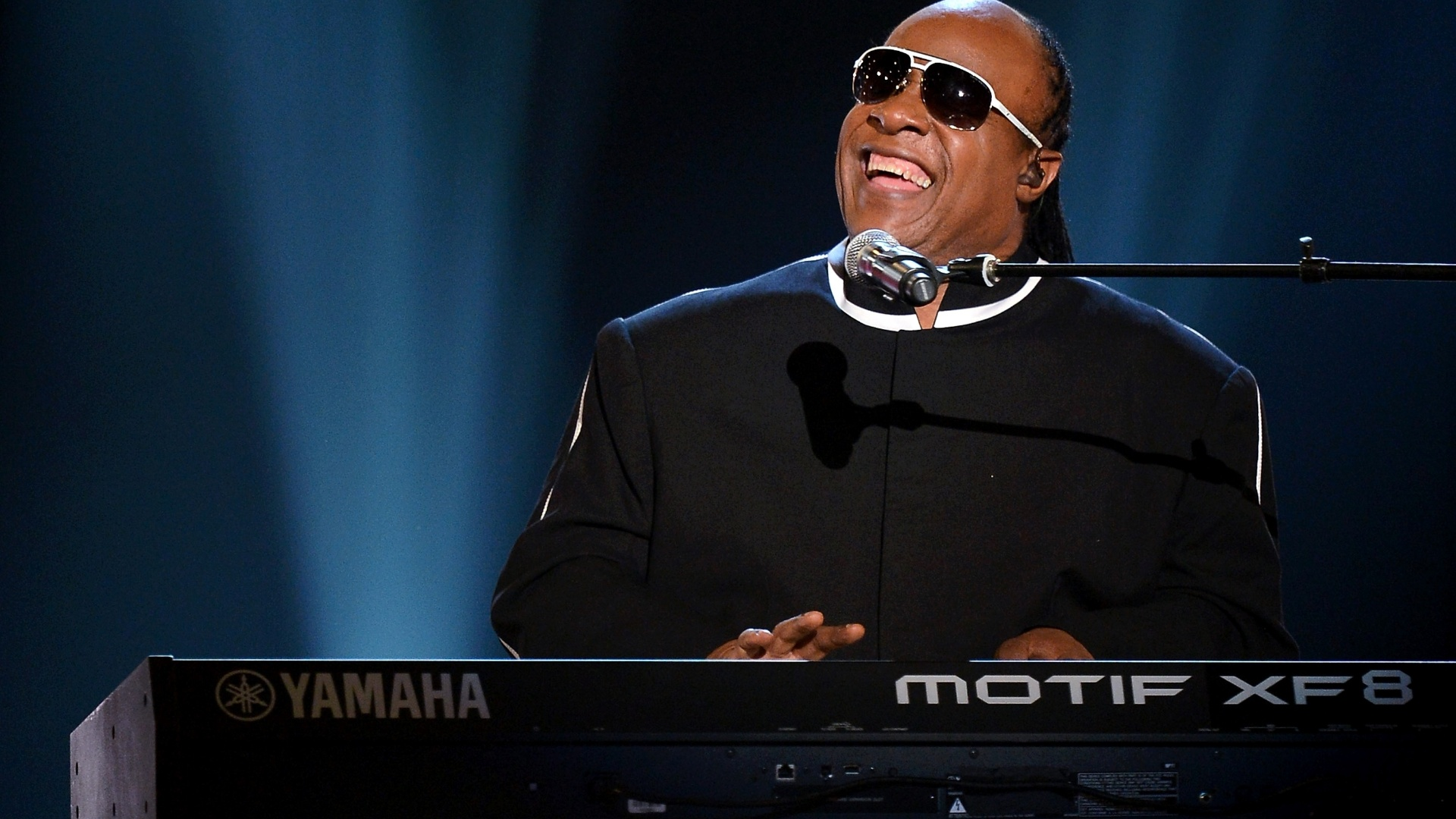 New Live Wallpapers For Iphone X Stevie Wonder Wallpapers Pictures Images