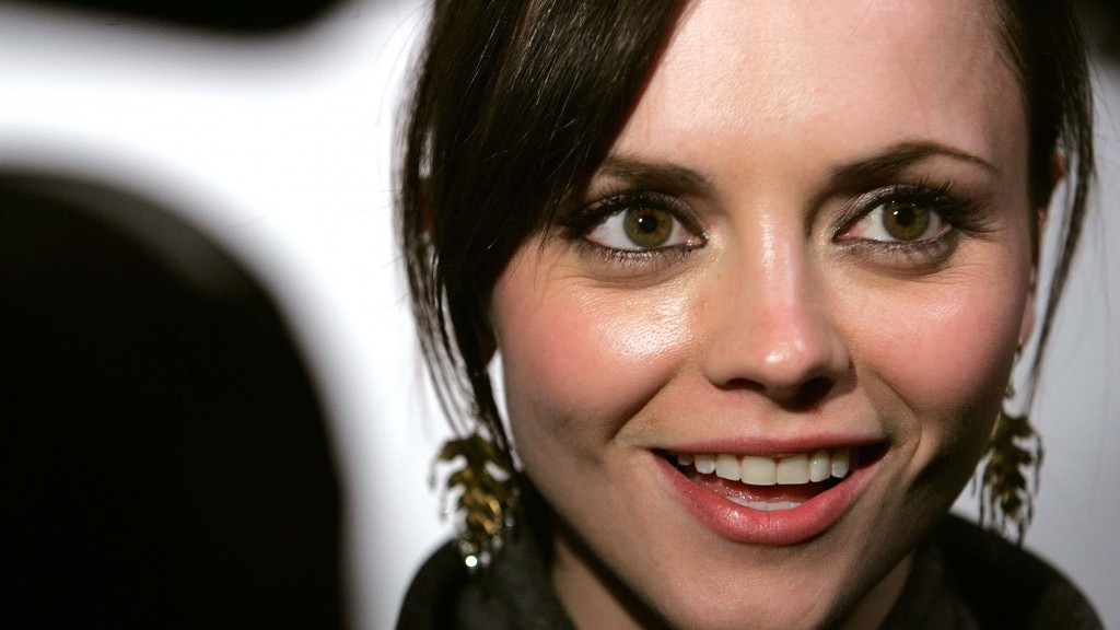 Iphone X Wallpaper With Bar Christina Ricci Wallpapers Pictures Images