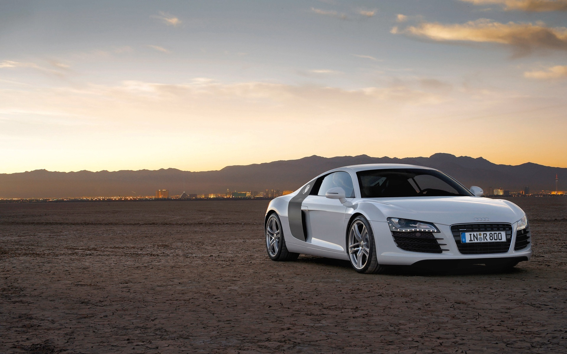 Audi R8 Wallpapers Pictures Images
