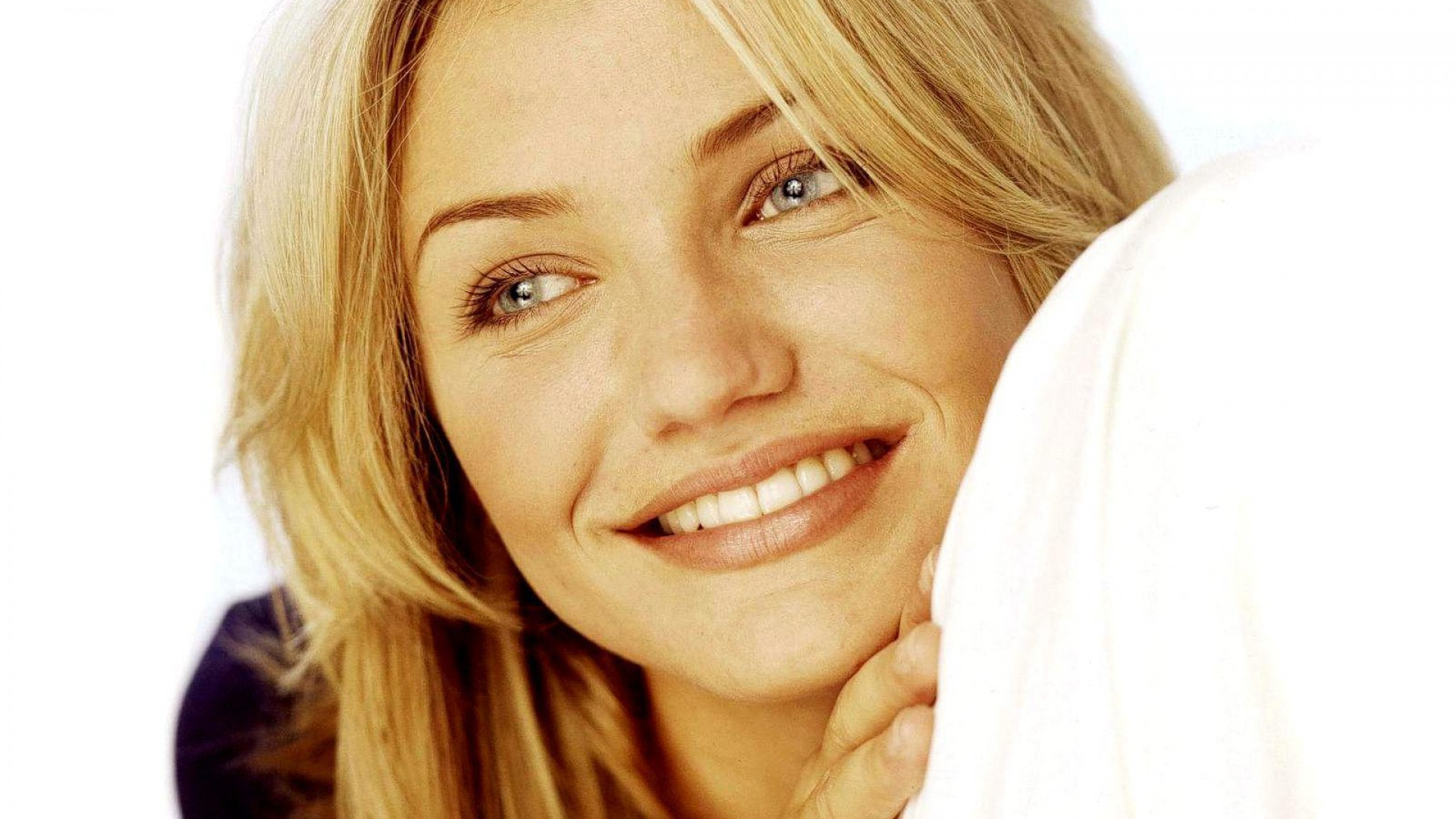 San Diego Iphone Wallpaper Cameron Diaz Wallpapers Pictures Images