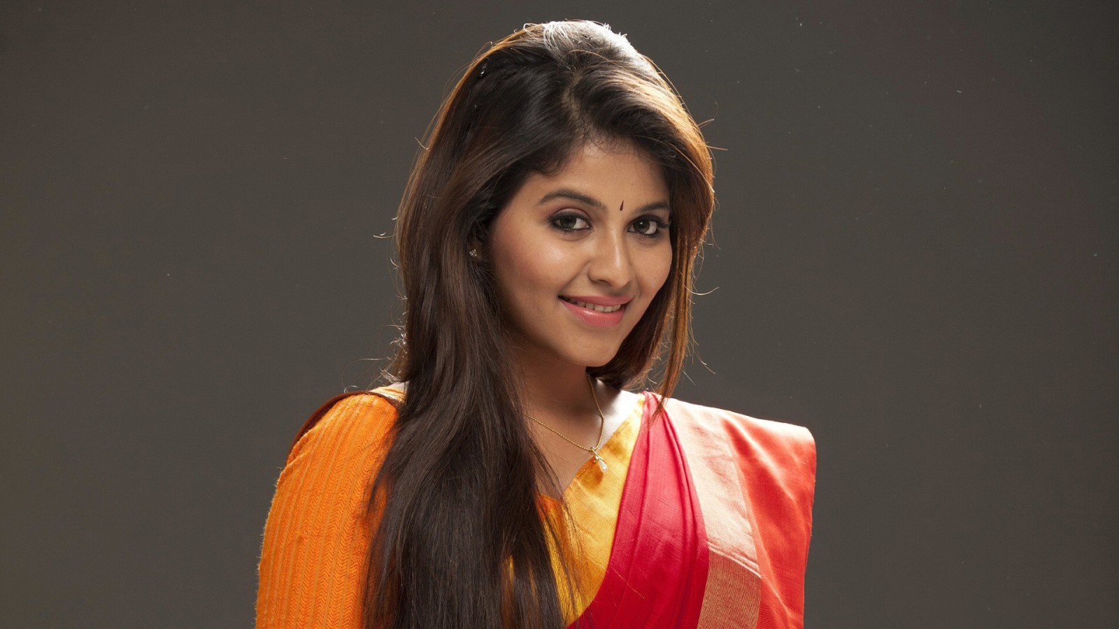 Indian Girl Wallpaper Full Hd Download Anjali Alludu Singam Wallpapers Hd Wallpapers Id 19164